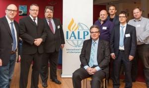 Les représentants des partis fondateurs de l'IALP